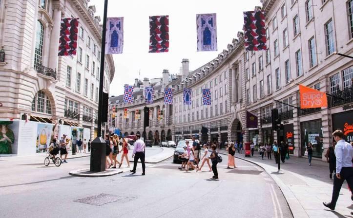 xShopping-Street-1.jpg.pagespeed.ic.euPsw35WQW